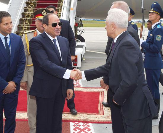 الرئيس السيسى يصل بيلاروسيا في زيارة رسمية (2)