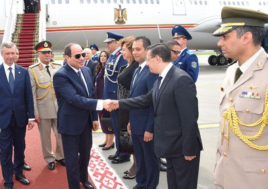 الرئيس السيسى يصل بيلاروسيا في زيارة رسمية (3)