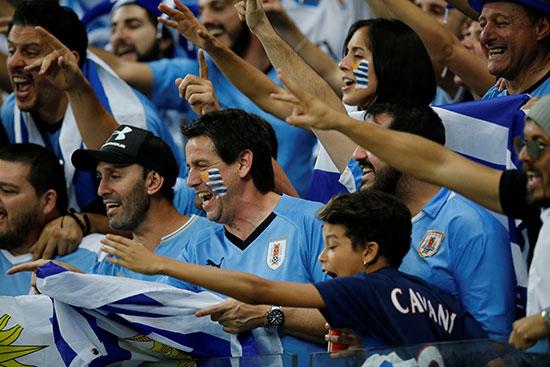جماهير أورجواى وفرحة عارمة بعد الفوز