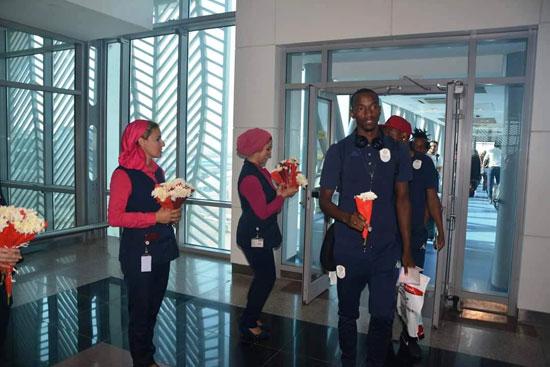 منتخبى بوروندي وناميبيا يصلان مطار القاهرة  (3)