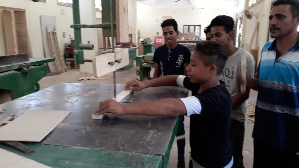 120 ساعة تأهيلية لطلاب التعليم الفنى بالوادى الجديد (4)
