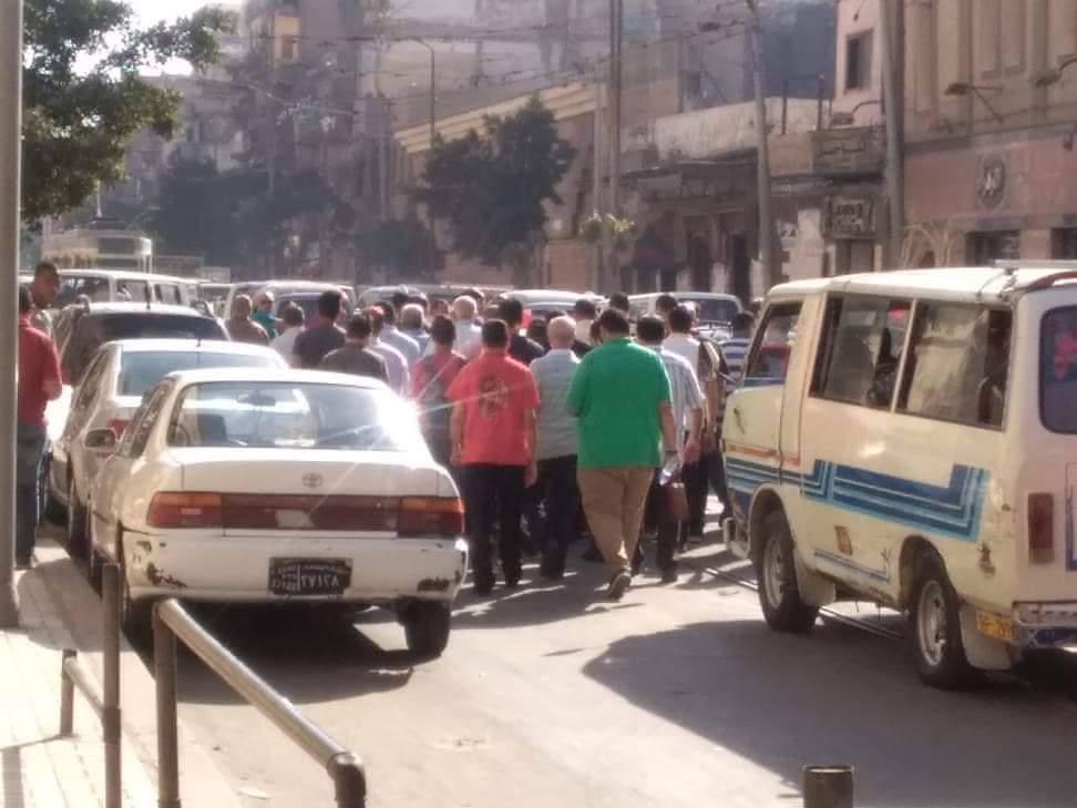 تشييع جثمان والدة الفنانة مروة ناجى بمسجد العمرى بالإسكندرية (2)