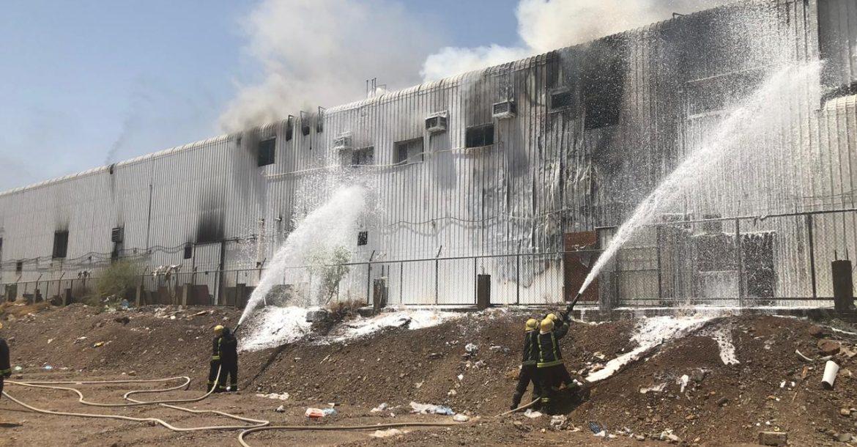 رجال الإطفاء خلال مباشرة عملهم