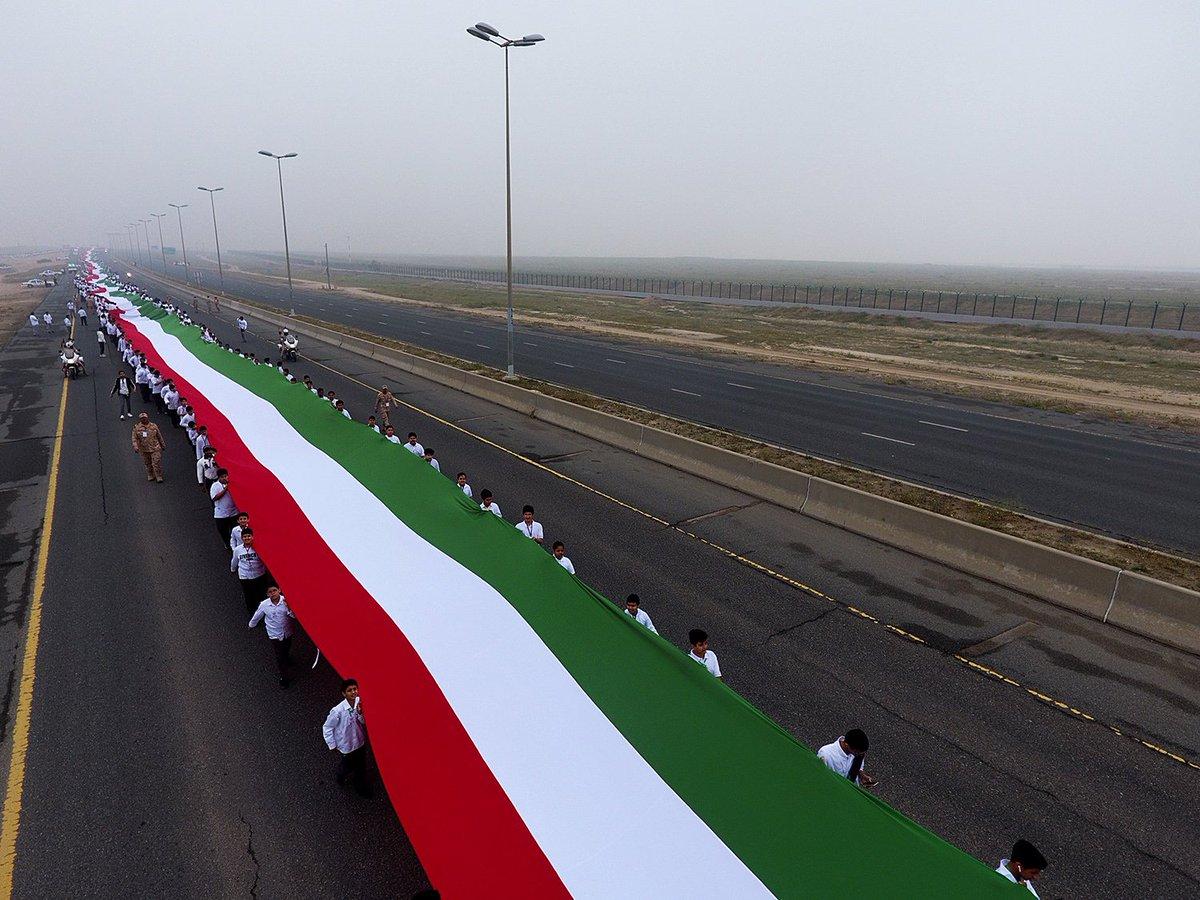 أطول علم فى العالم بالكويت