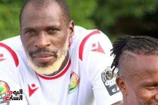 جواش أونيانجو مدافع منتخب كينيا (1)