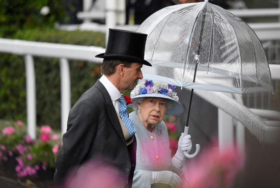 الملكة-اليزابيث