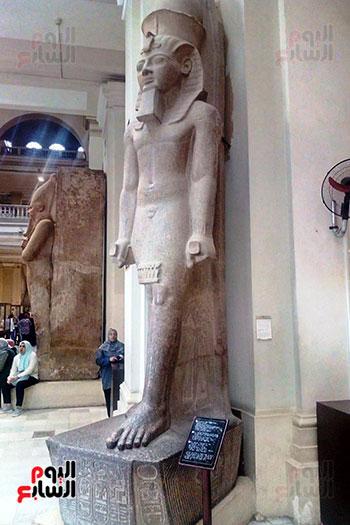 جانب-المسار-المخصص-للمكفوفين-فى-المتحف-المصرى-بالتحرير--(2)