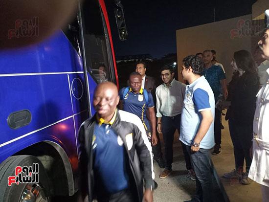 استقبال-بعثة-منتخب-بنين-فى-الإسماعيلية-(16)
