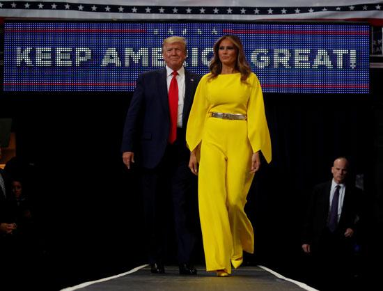 الرئيس دونالد ترامب وزوجته ميلانيا ترامب