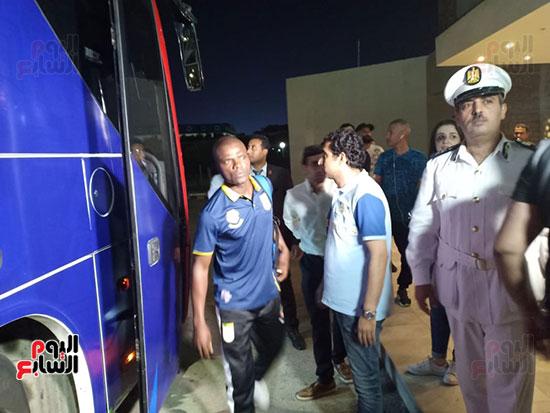 استقبال-بعثة-منتخب-بنين-فى-الإسماعيلية-(3)