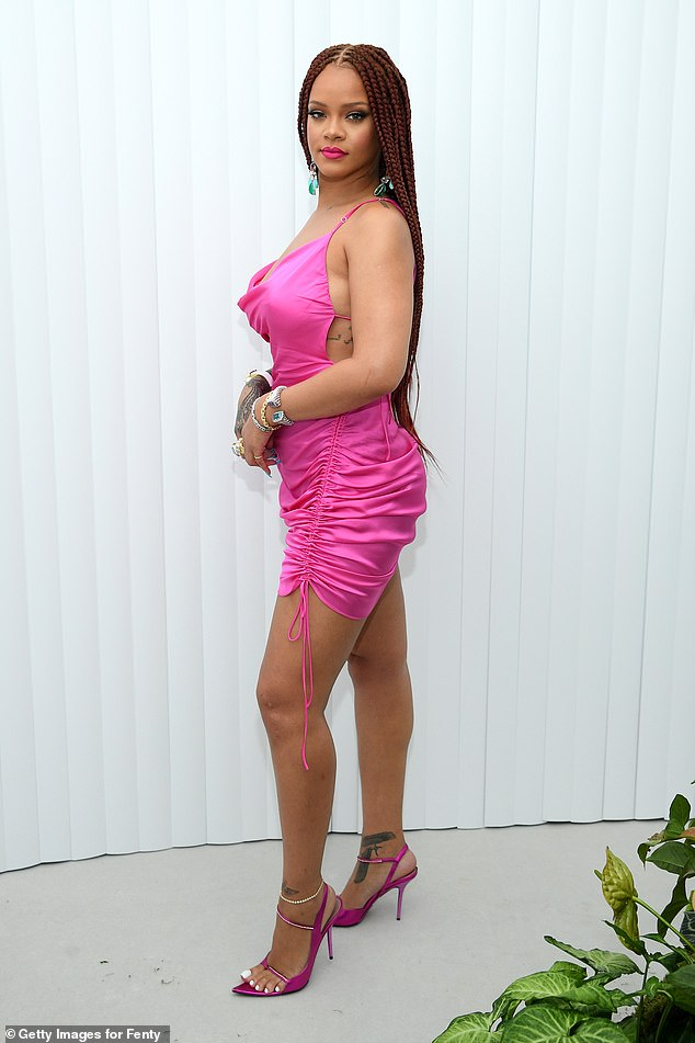 ريهانا (20)