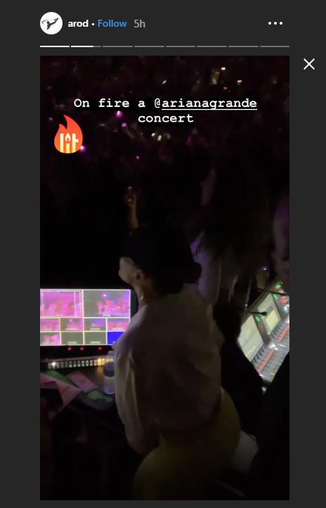 لوبيز ترقص في الحفل