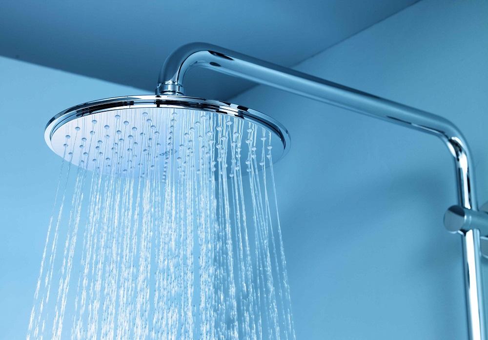 تجنب-الاستحمام-بالماء-الساخن