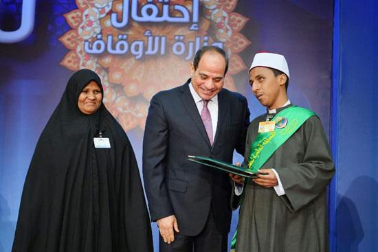 احتفال السيسى بليلة القدر (11)