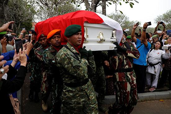 جانب من الجنازة