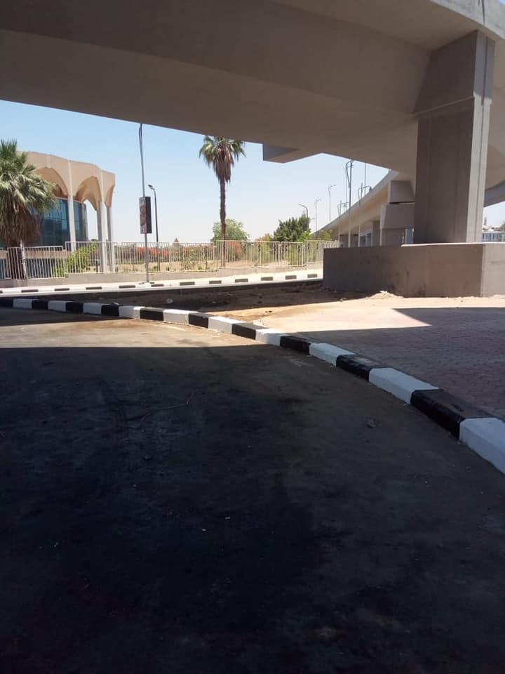 رصف الباركينج الخاص ببوابة استاد القاهرة (8)