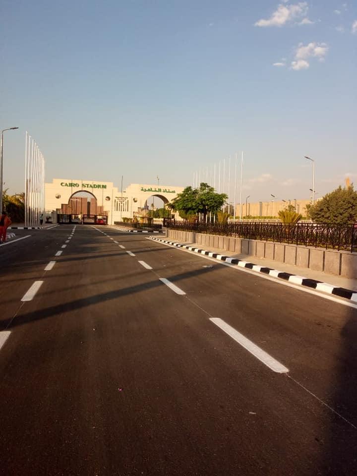 رصف الباركينج الخاص ببوابة استاد القاهرة (7)