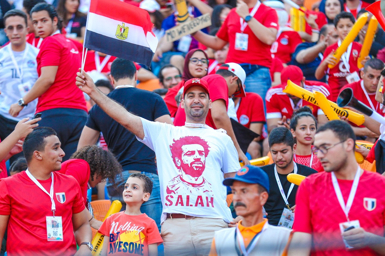 الجماهير فى ستاد القاهرة  (9)