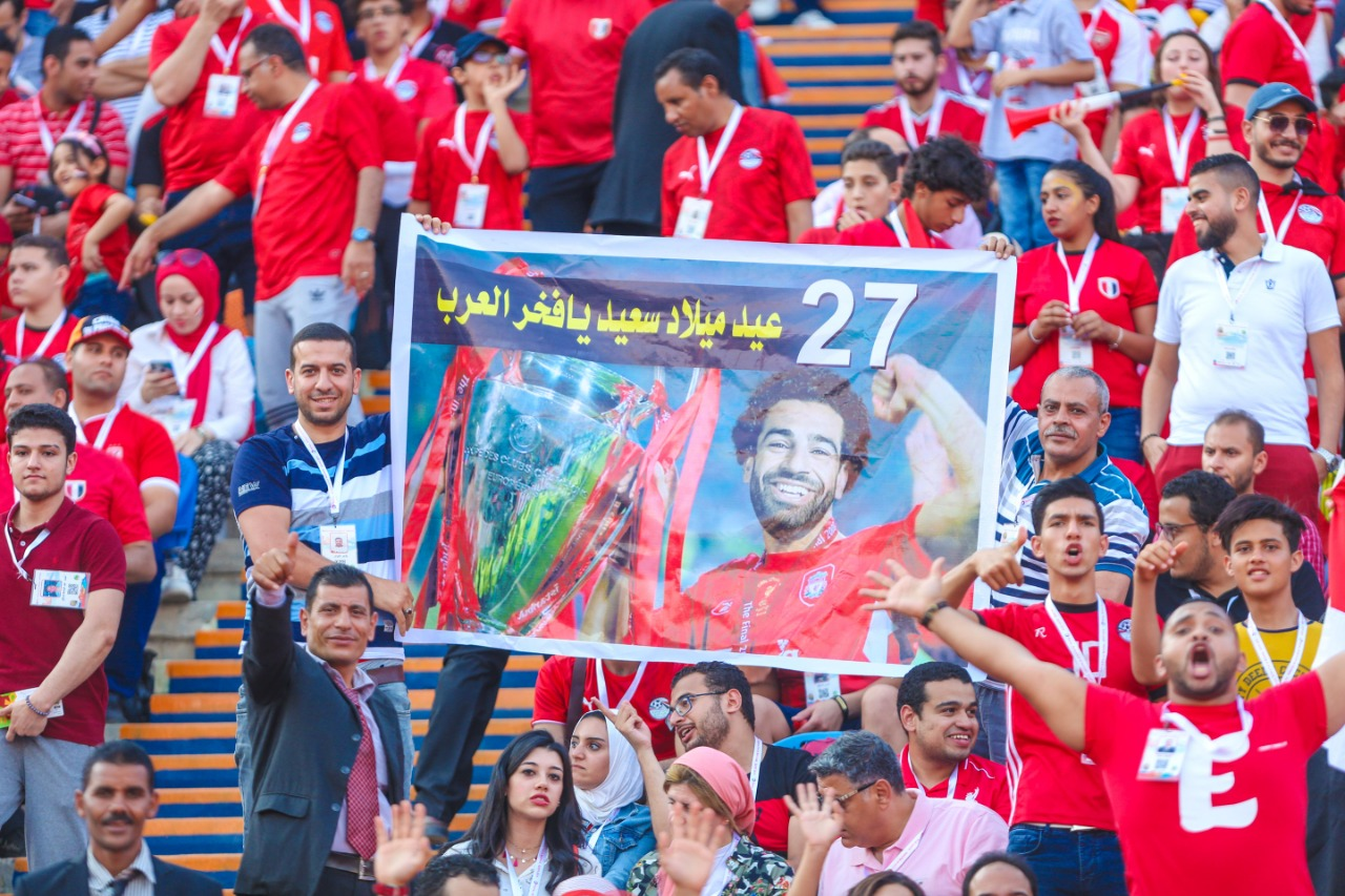 الجماهير فى ستاد القاهرة  (1)