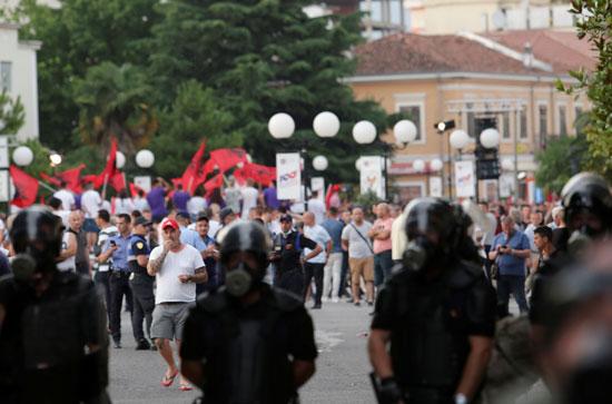 بداية مظاهرات تعيطل الانتخابات فى ألبانيا