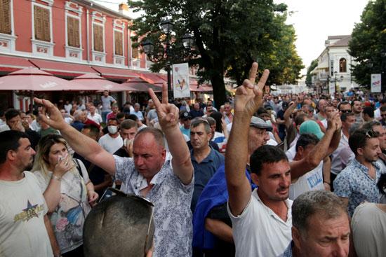 مسيرات فى ألبانيا لتعطيل الانتخابات