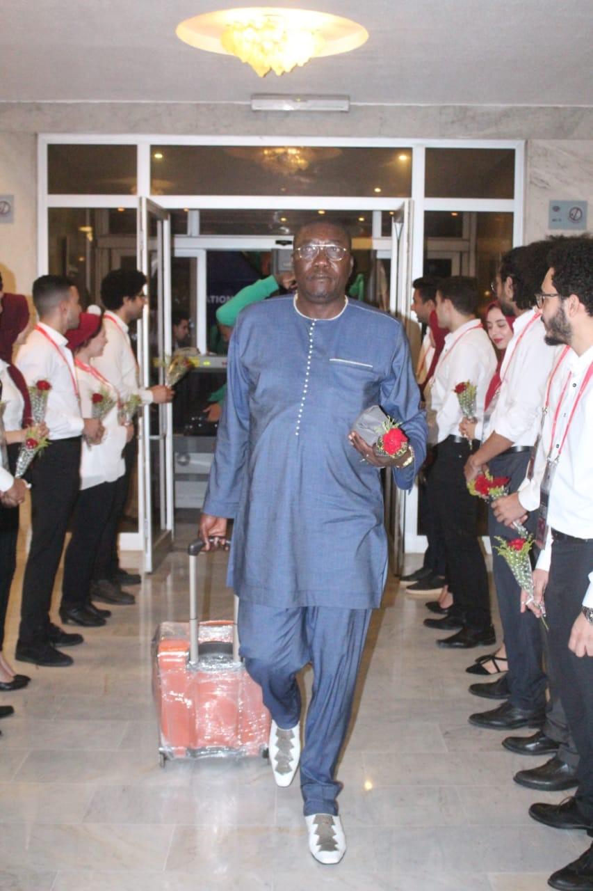 وصول منتخب الكاميرون لمحافظة الإسماعيلية (5)