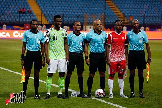 نيجيريا وبورندى (12)