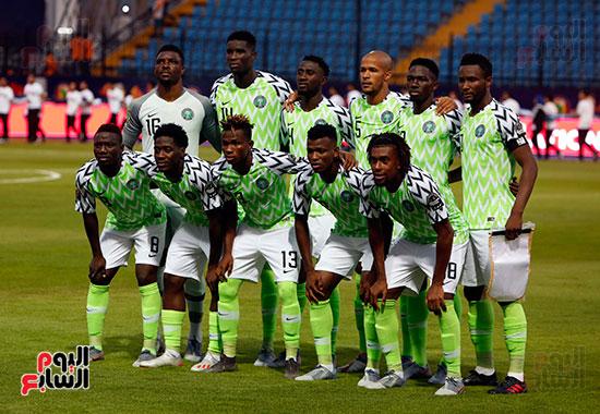 نيجيريا وبورندى (11)