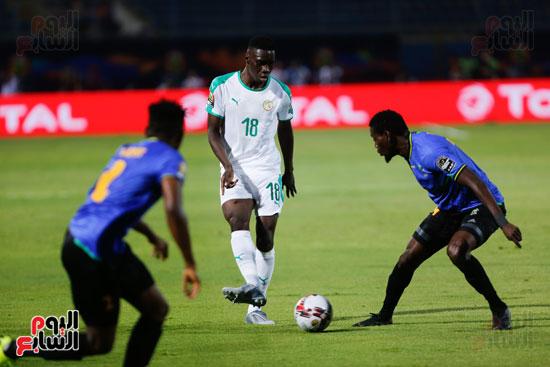 السنغال تتقدم على تنزانيا (4)