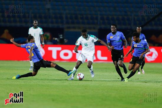 السنغال تتقدم على تنزانيا (3)