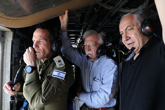 رئيس-الوزراء-الإسرائيلى-مع-مستشار-الأمن-القومى-الأمريكى