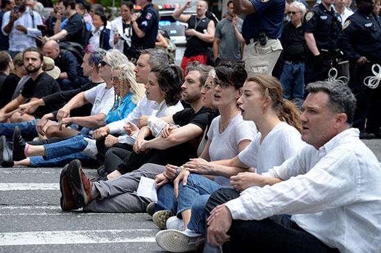 تظاهرات فى نيويورك