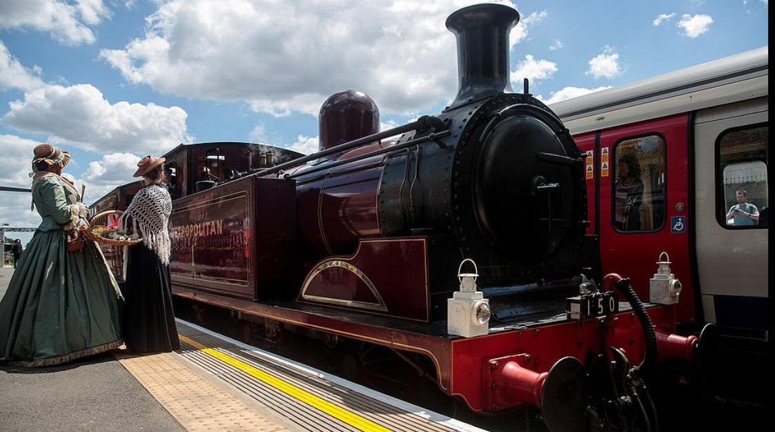 قطار البخار