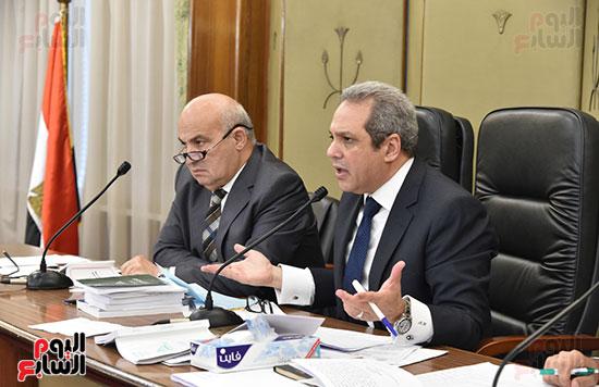 اللجنة التشريعية (15)