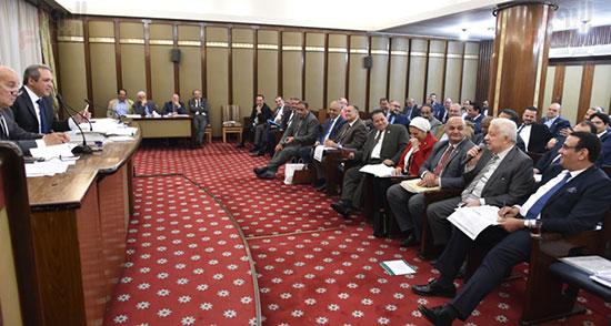 اللجنة التشريعية (12)