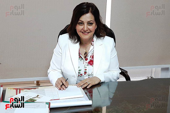الدكتورة منى محرز ، نائب وزير الزراعة (8)