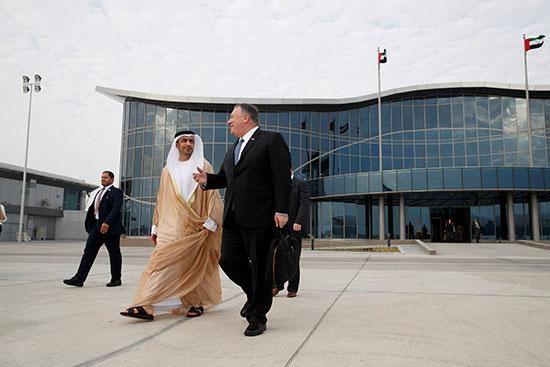 وزير الخارجية الأمريكى فى طريقه للطائرة