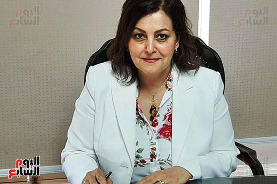 الدكتورة منى محرز ، نائب وزير الزراعة (6)