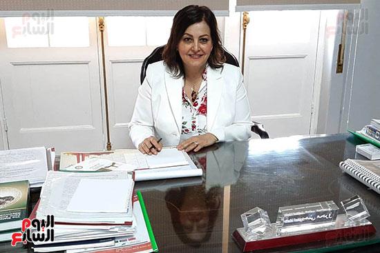 الدكتورة منى محرز ، نائب وزير الزراعة (5)