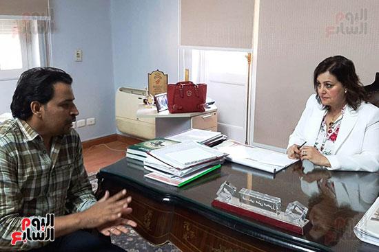 الدكتورة منى محرز ، نائب وزير الزراعة (2)