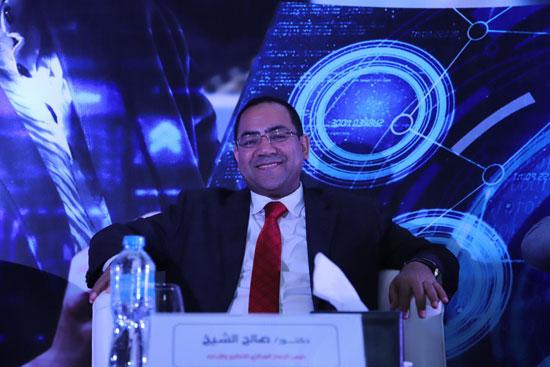 الدكتور صالح الشيخ رئيس الجهاز المركزى للتنظيم والإدارة (3)