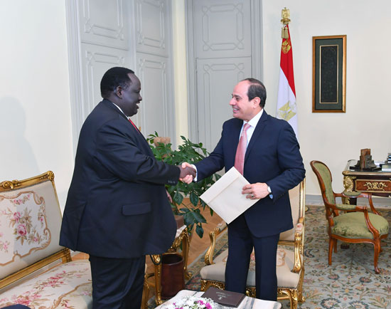 عبد الفتاح السيسى توت جلواك مبعوث رئيس جمهورية جنوب السودان (3)