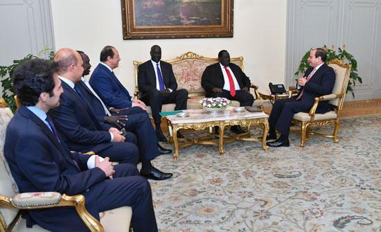 عبد الفتاح السيسى توت جلواك مبعوث رئيس جمهورية جنوب السودان (2)
