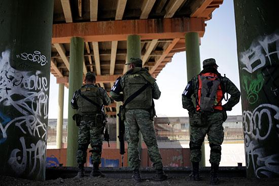 الجيش المكسيكى ينتشر على الحدود