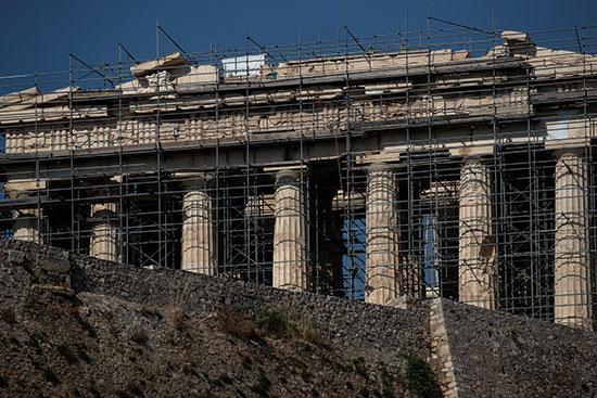 أحد-المعابد-الإغريقية-تحت-الترميم