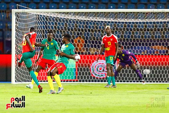 الكاميرون وغينيا بيساو (10)