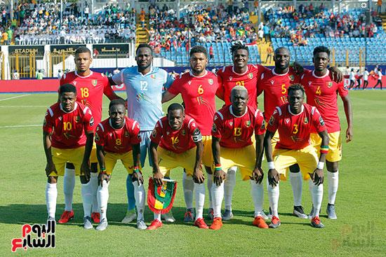 مباراة نيجيريا وغينيا  (2)