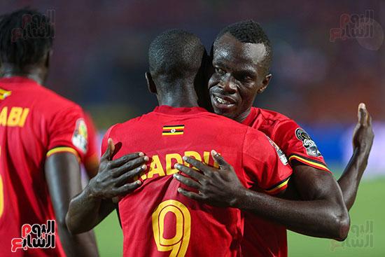 أوغندا وزيمبابوى (12)