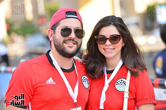 توافد الجماهير المصرية قبل مباراة مصر والكونغو (20)
