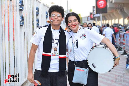 توافد الجماهير المصرية قبل مباراة مصر والكونغو (26)